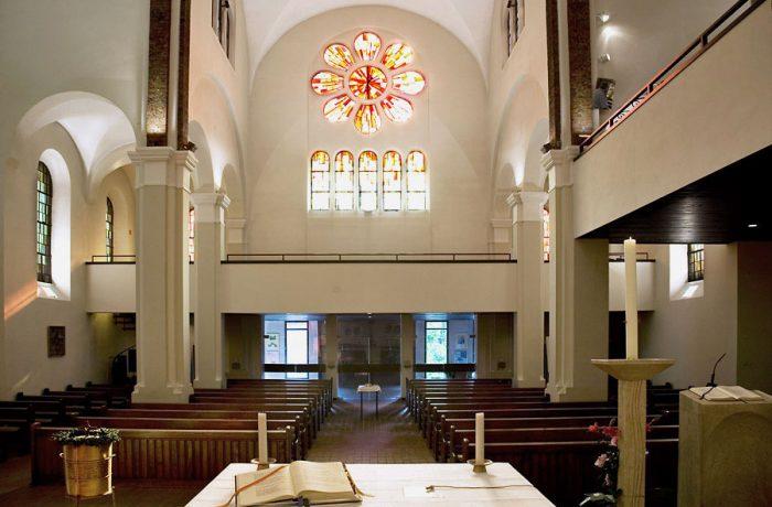 Katholische Kirche St. Joseph Wandsbek